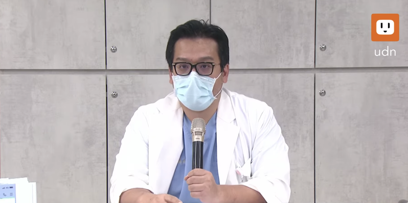 禾馨診所營運長林思宏除說明疫苗取得由來,也爆出北市衛生局人員拜託診所「幫忙消耗疫苗」。圖/截自udnTV
