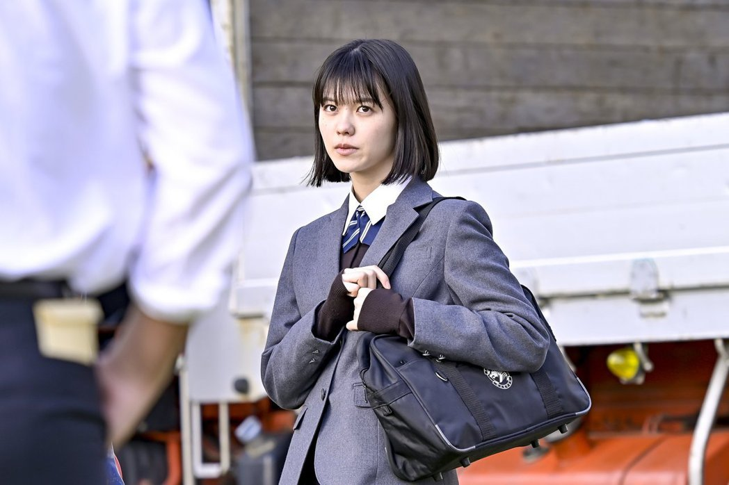志田彩良飾演小杉麻里。圖/擷自東大特訓班2官方推特