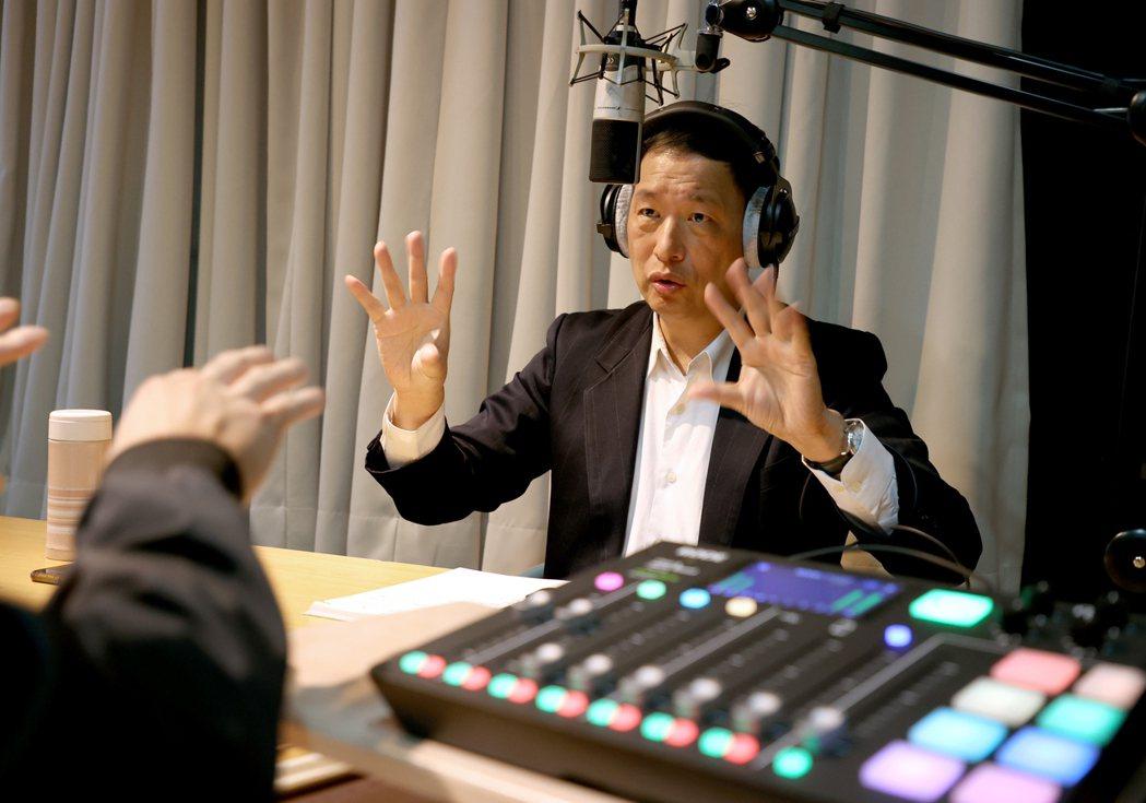 聯合報錄podcast,訪空軍前副司令張延廷。記者高彬原/攝影