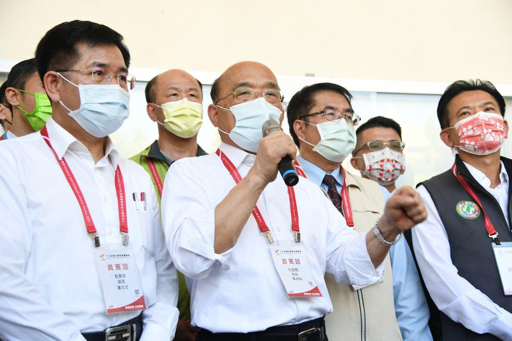 行政院長蘇貞昌南下成功大學,視察全大運防疫措施。 成大/提供