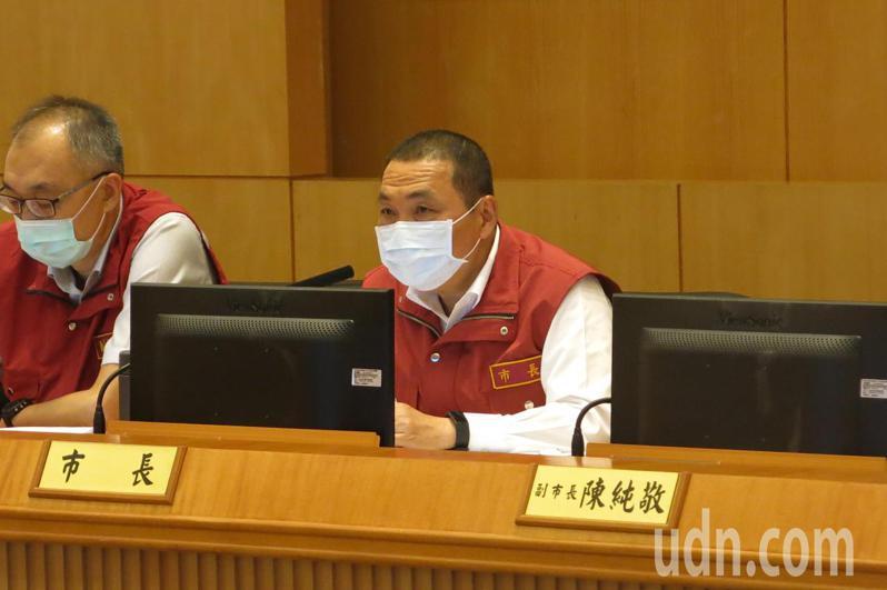 新北市長侯友宜今早召開市政會議。記者李成蔭/攝影