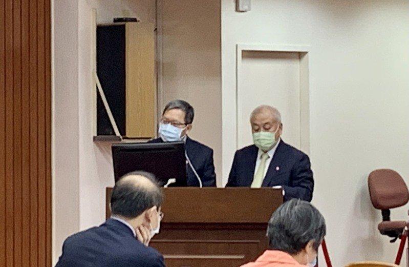 財政部長蘇建榮及主計處主計長朱澤民今日到立法院財政委員會備詢。本報資料照片