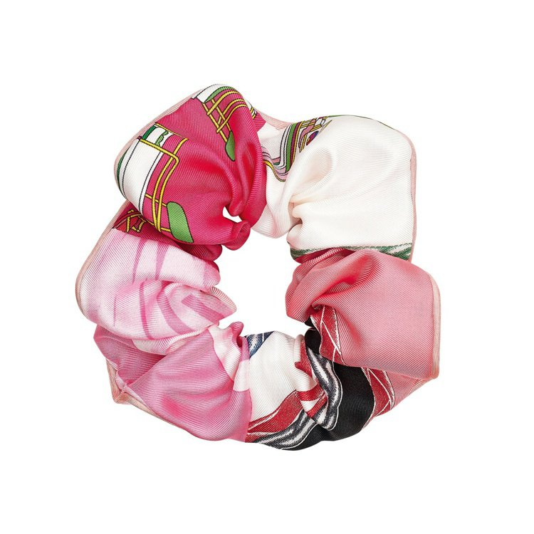 Claudia系列斜紋真絲印花髮圈,7,500元。圖/愛馬仕提供