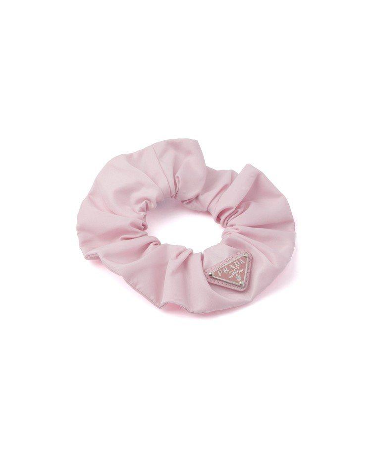 再生尼龍髮圈,9,200元。圖/Prada提供