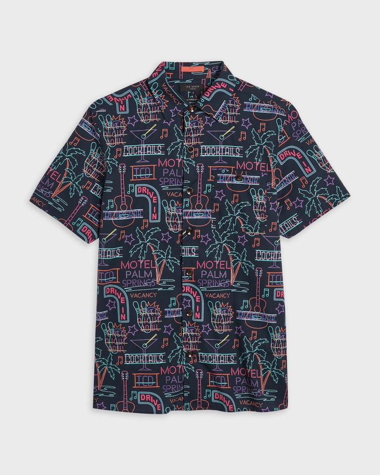 GRAVITY霓虹燈印花襯衫,4,980元。圖/Ted Baker提供
