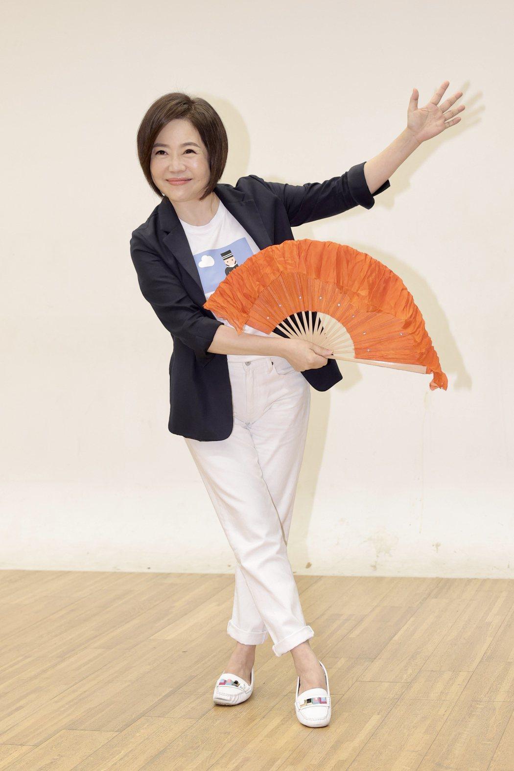 于美人為「超級紅人榜」挑戰跳舞。記者李政龍/攝影