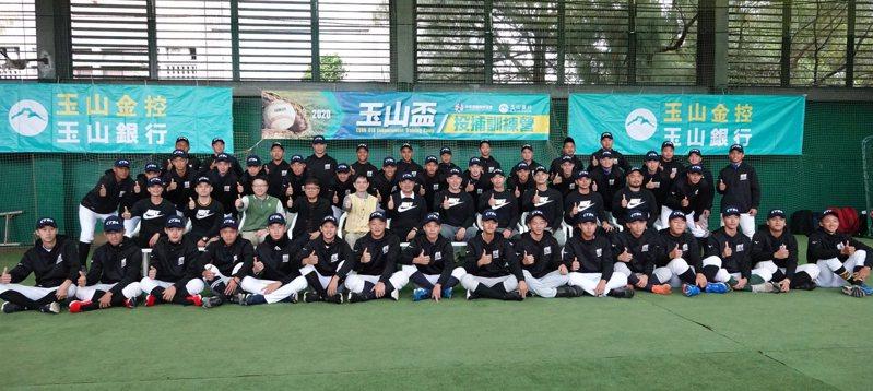玉山盃、華南盃決定延期。 報系資料照