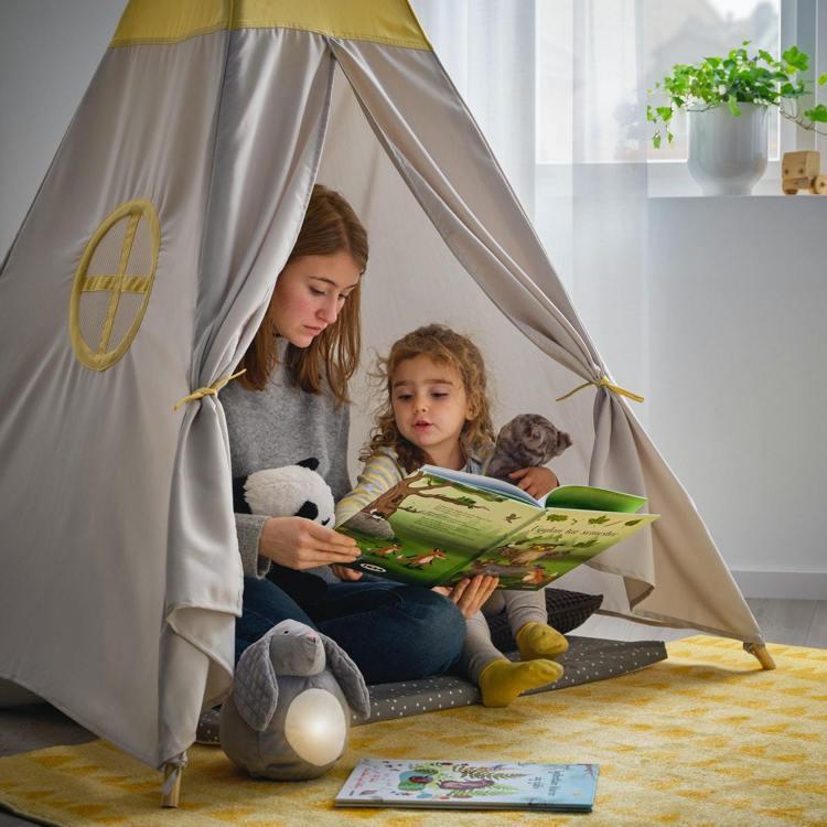 IKEA新品HÖVLIG兒童帳篷,可在家享受露營感。圖/IKEA提供