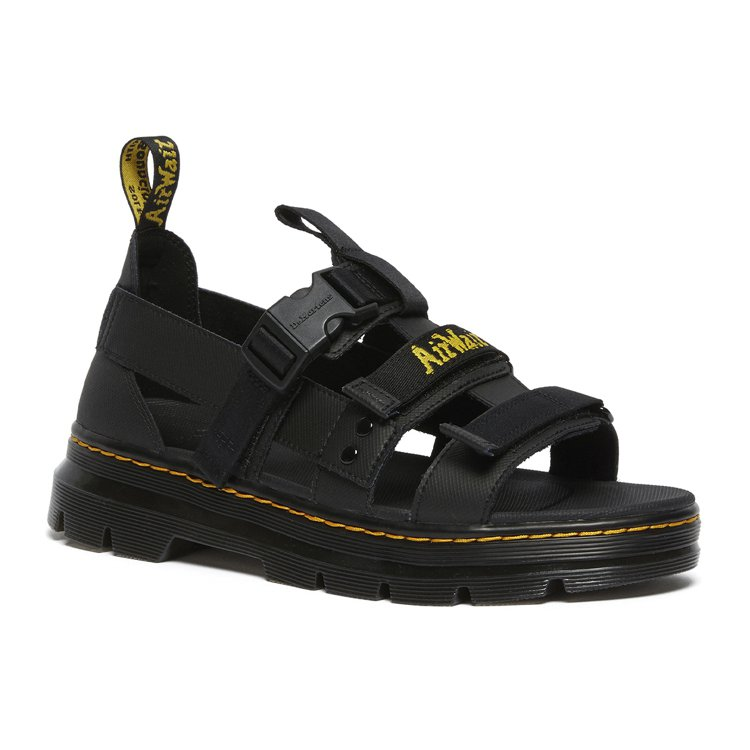 Dr. Martens Tract Sandal Pearson涼鞋4,980元...