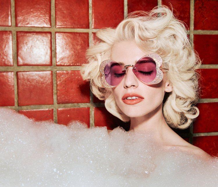 本季Hollywood Forever眼鏡系列「奢華泡泡浴」形象廣告由另類藝術家...
