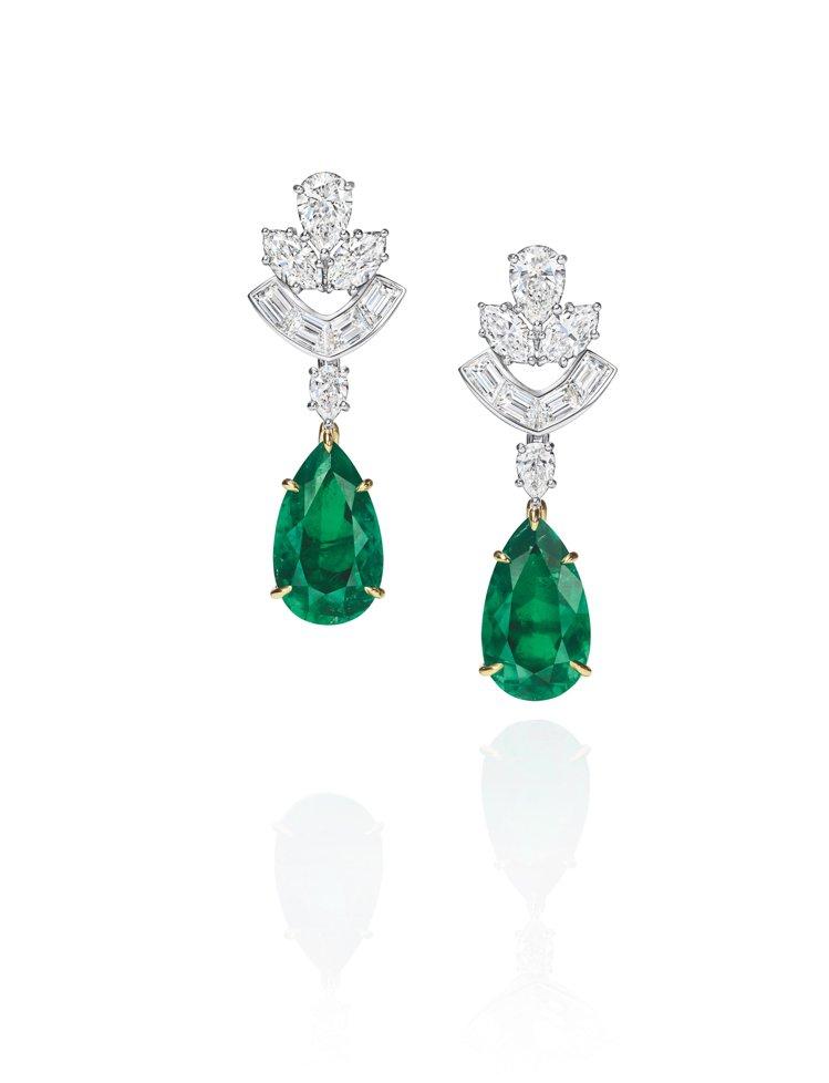 海瑞溫斯頓New York系列Cathedral祖母綠和鑽石耳環,1億7,500...
