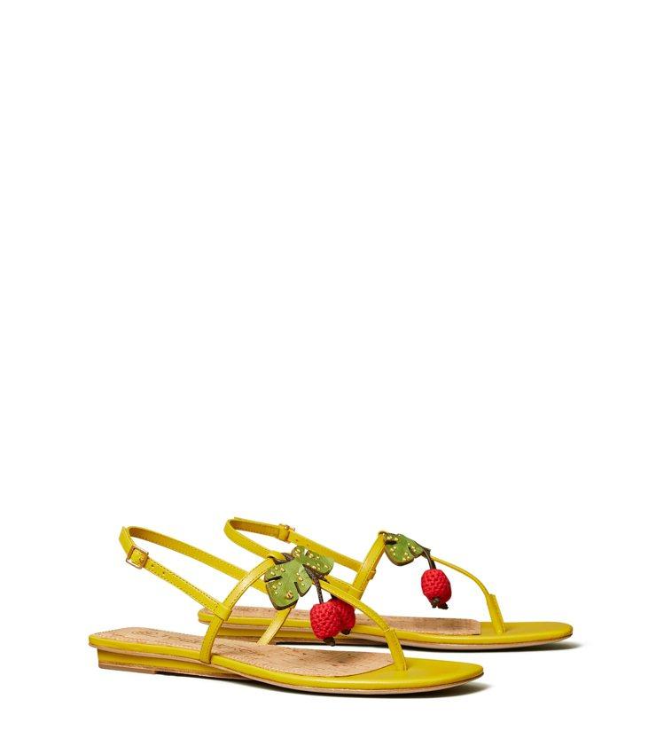 櫻桃平底涼鞋,價格店洽。圖/Tory Burch提供
