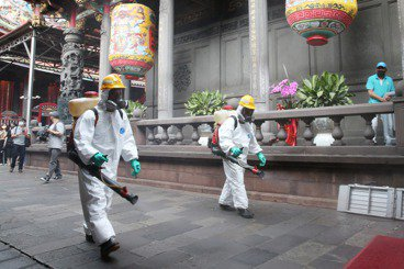 台灣社區感染危機:疫情恐慌下,更應正視客觀疫調數據