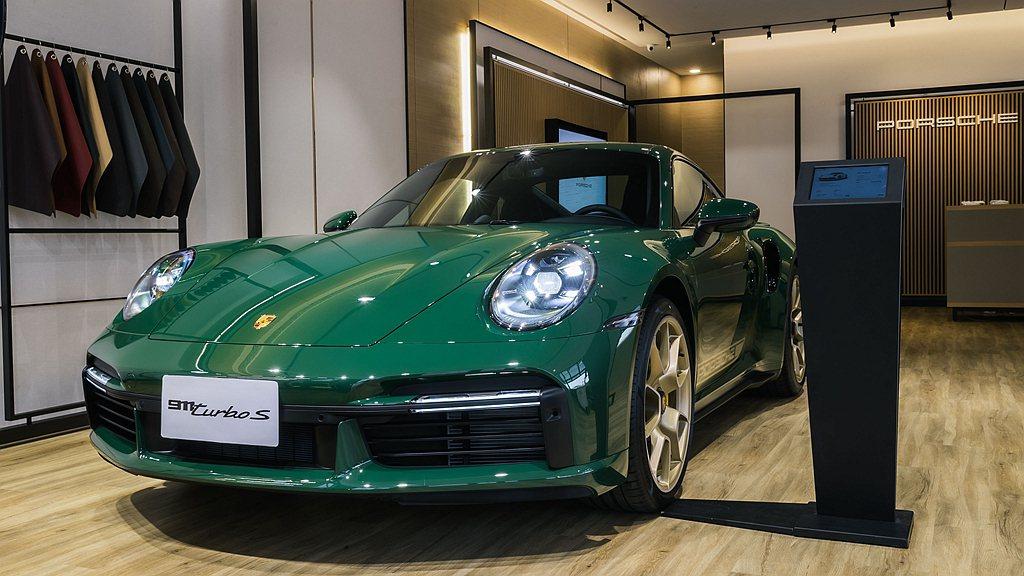 Porsche NOW Tainan現場展示全台唯一透過Porsche Excl...