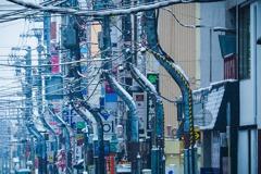 他逛北海道見電線杆全是「S型」 驚:我來到賽博龐克的世界了?