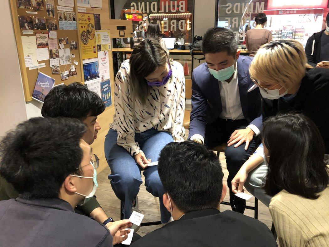 透過民間力量與海外串連是社群軸心,許多優秀的社創人才分散各地,把大家集結在一起就...