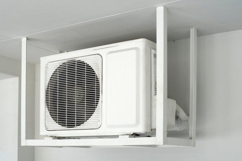 一名網友疑惑「老冷氣到底多耗電?」 示意圖/ingimage