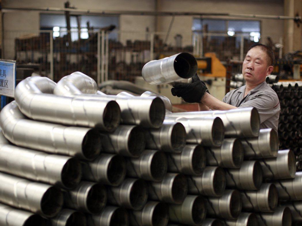 數據顯示,5月上旬與4月下旬相比,黑色金屬產品價格漲幅明顯。新華社資料照片