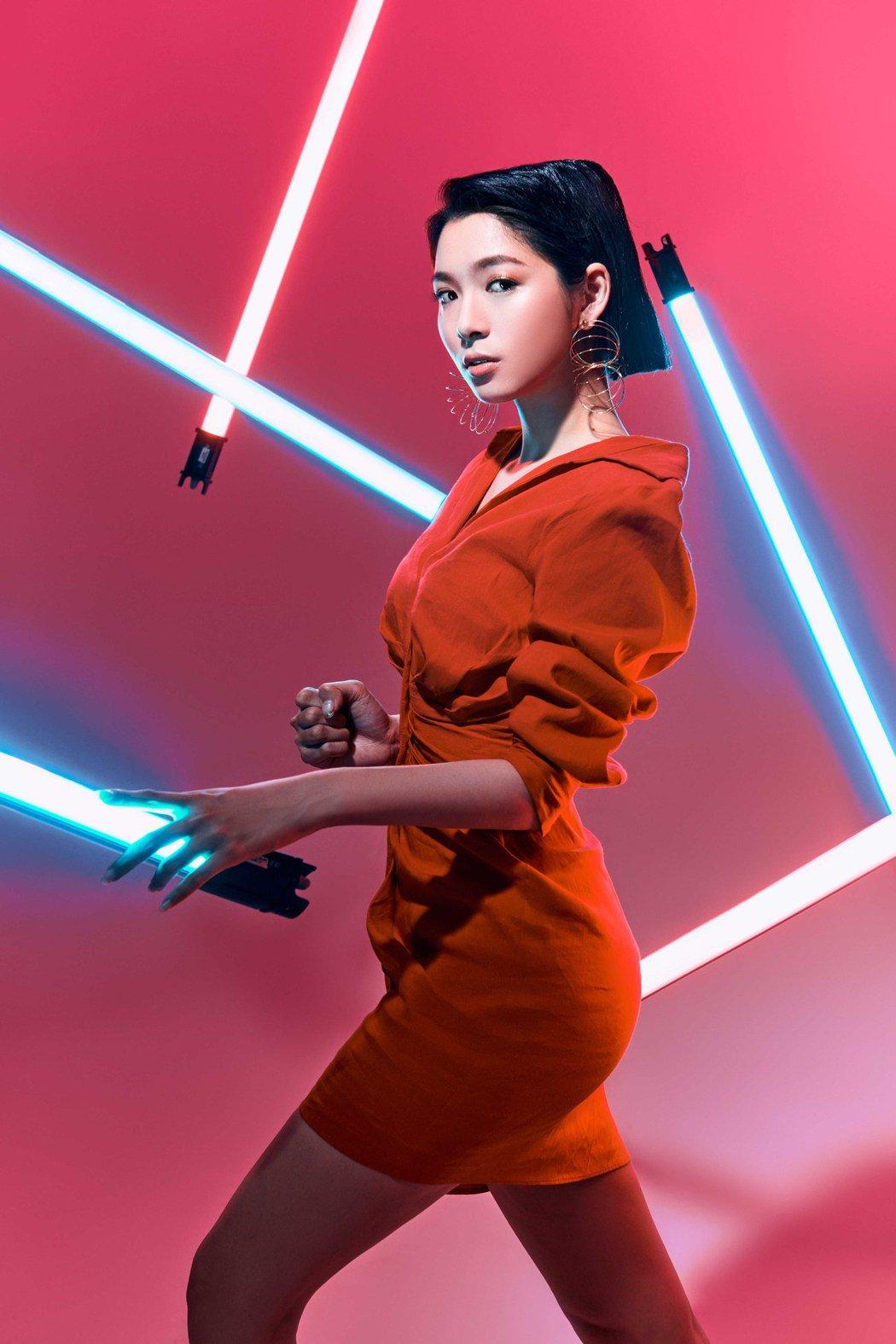 大馬女星劉倩妏目前演出電視劇「我願意」。圖/伊林提供