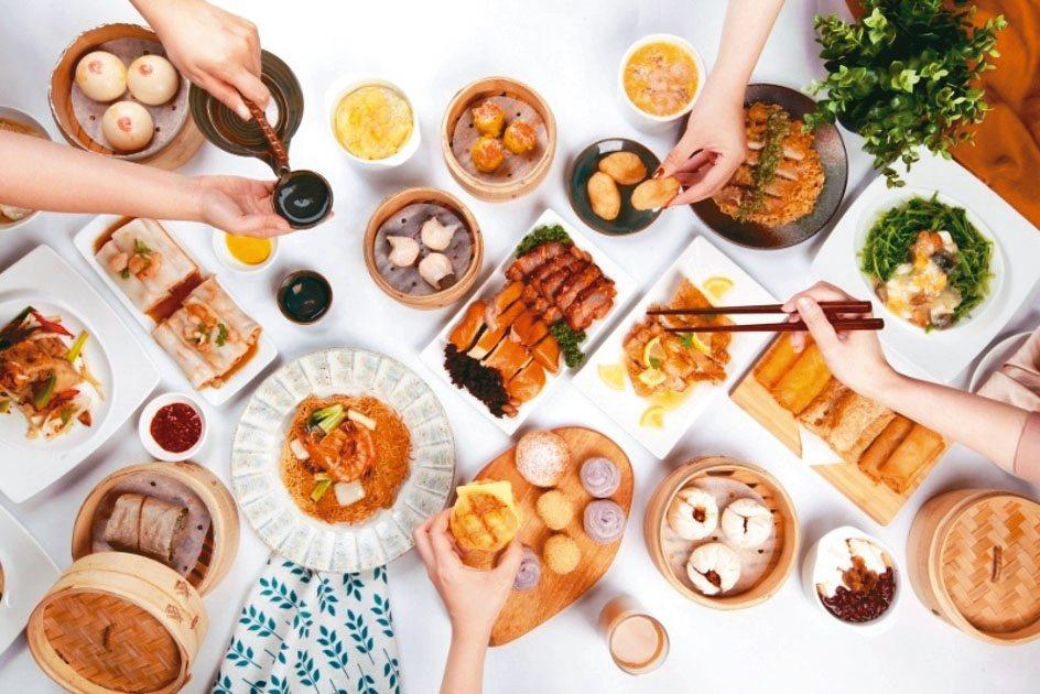 礁溪鳳凰軒供應超過60道粵菜港點,讓食客無限續點吃到飽。業者/提供