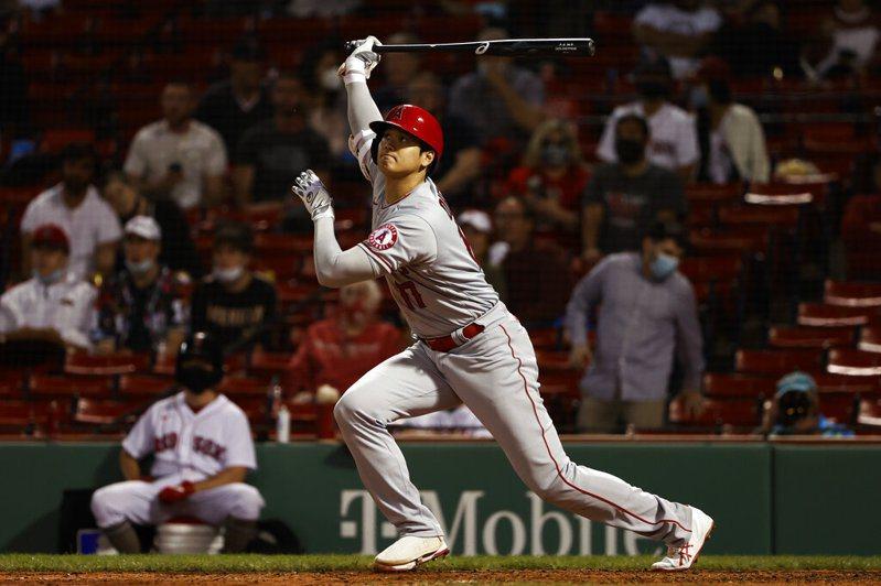 「投手大谷」投球累了延後先發沒關係,「打者翔平」正常發揮本季第11轟出爐。 美聯社