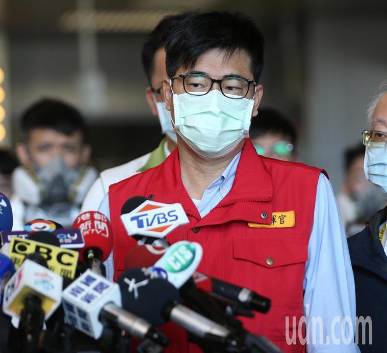 高雄市長陳其邁今早宣布,高雄進入準三級準備。記者劉學聖/攝影