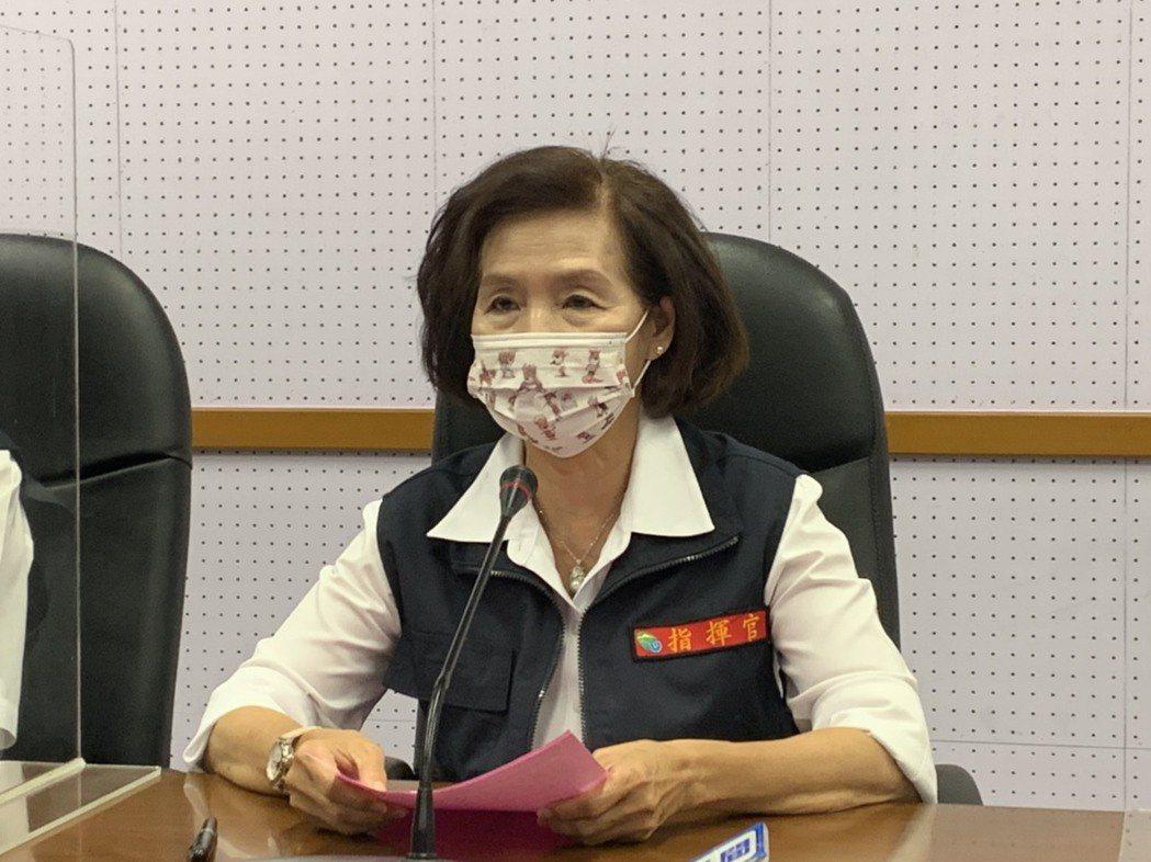 宜蘭縣長林姿妙今天召開防疫會議,「宜蘭宣布進入準三級防疫。」記者林佳彣/攝影