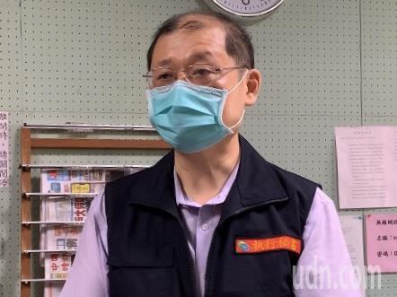 宜蘭4案疫調足跡,衛生局長徐迺維表示持續追蹤,同時匡列隔離、篩檢相關接觸者。記者林佳彣/攝影