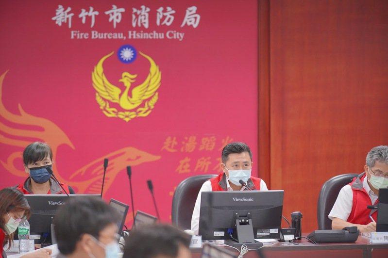 行政院長蘇貞昌、衛福部長陳時中今下午與22個縣市政府連線防疫會議,新竹市長林智堅提出2個報告、1個建議。圖/新竹市政府提供
