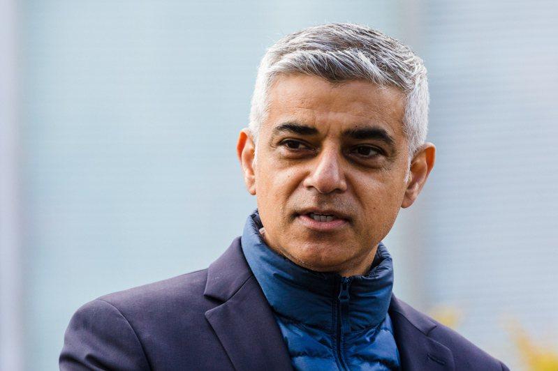 倫敦市長卡恩連任成功。歐新社