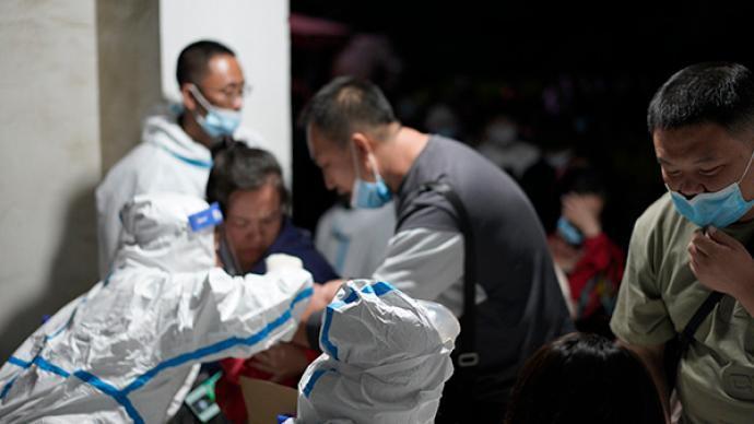 遼寧疫情升溫,大陸國家衛健委派工作組赴當地指導防控。澎湃新聞