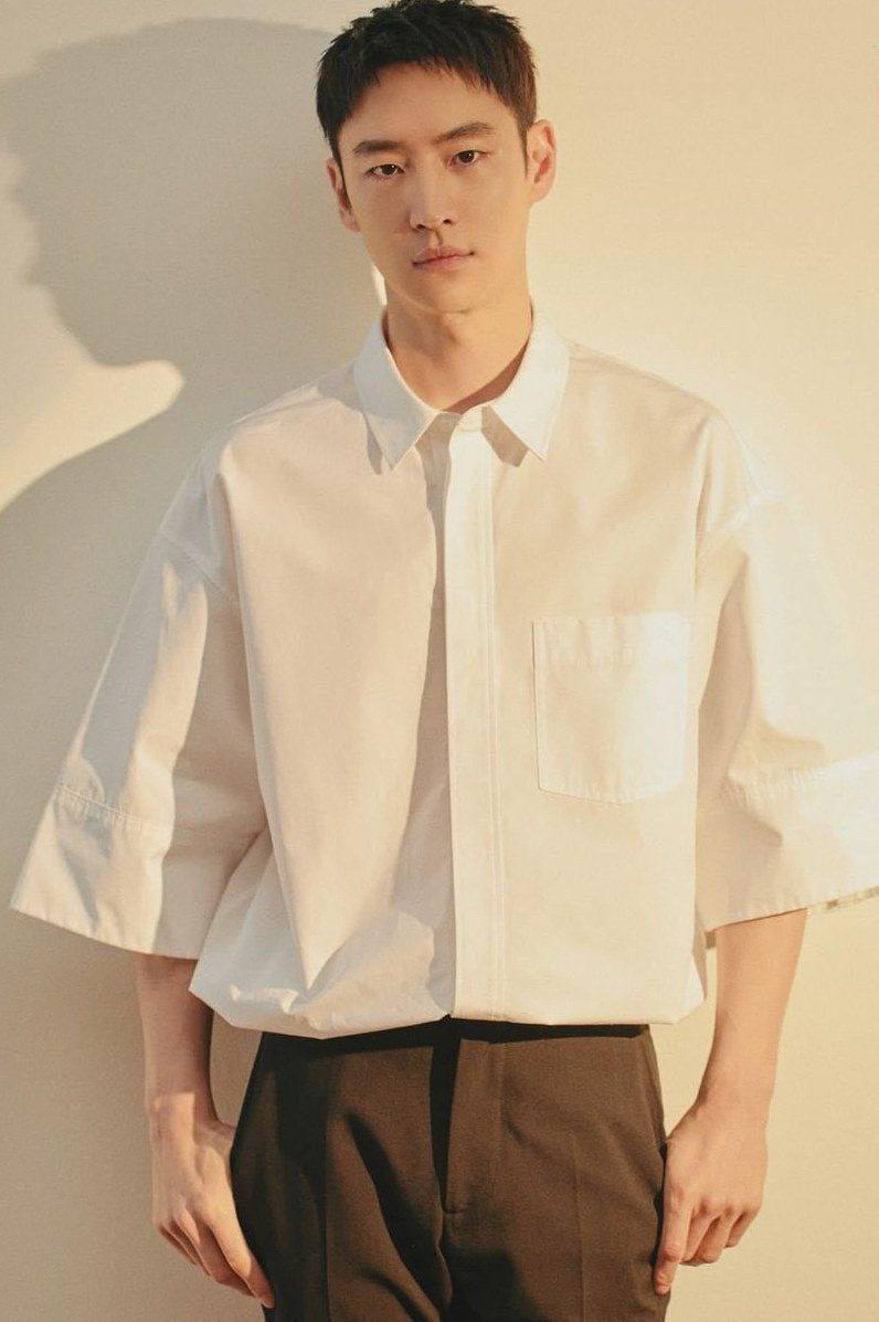 李帝勳近期帶來催淚韓劇「遺物整理師」。圖/Netflix提供