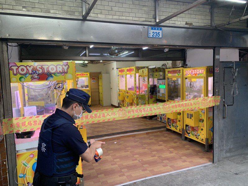 桃園市夾娃娃機店無法落實實名制,即日起到6月8日暫停營業,警察局將協助經發局加強稽查。記者朱冠諭/翻攝
