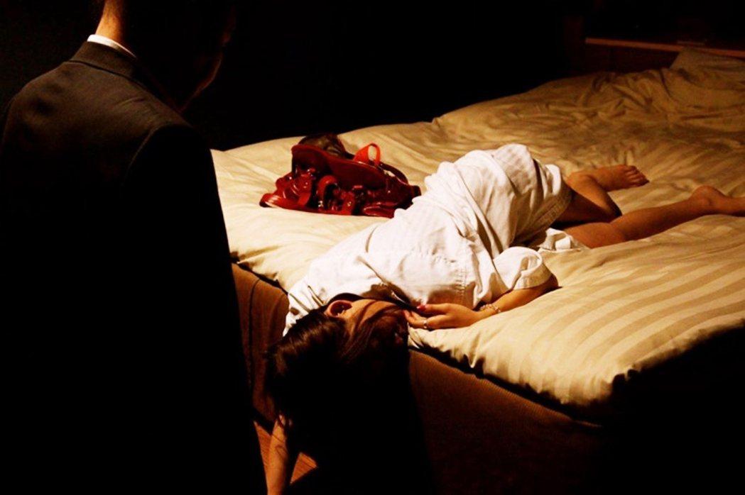 近幾年日本的NGO團體或教保相關產業,也注意到了單親媽媽從事性工作(或酒店等夜生...