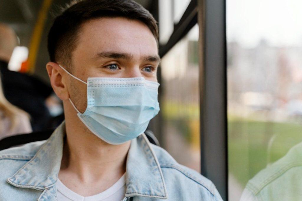 若不幸因新冠肺炎而住院,沒有買防疫保單的人則可以了解自己保的醫療險,是否具有「實...