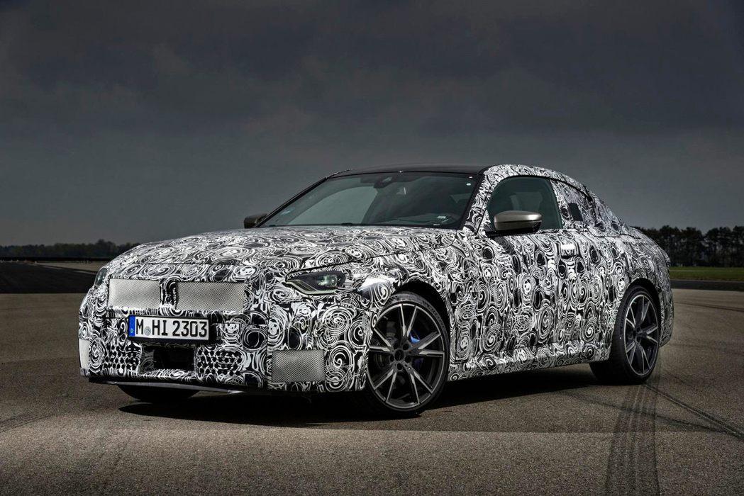 新一代M240i的外觀殺氣更是直逼M2。 摘自BMW