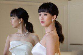絕美新娘孟耿如婚紗影片釋出!千萬寶格麗項鍊襯白紗