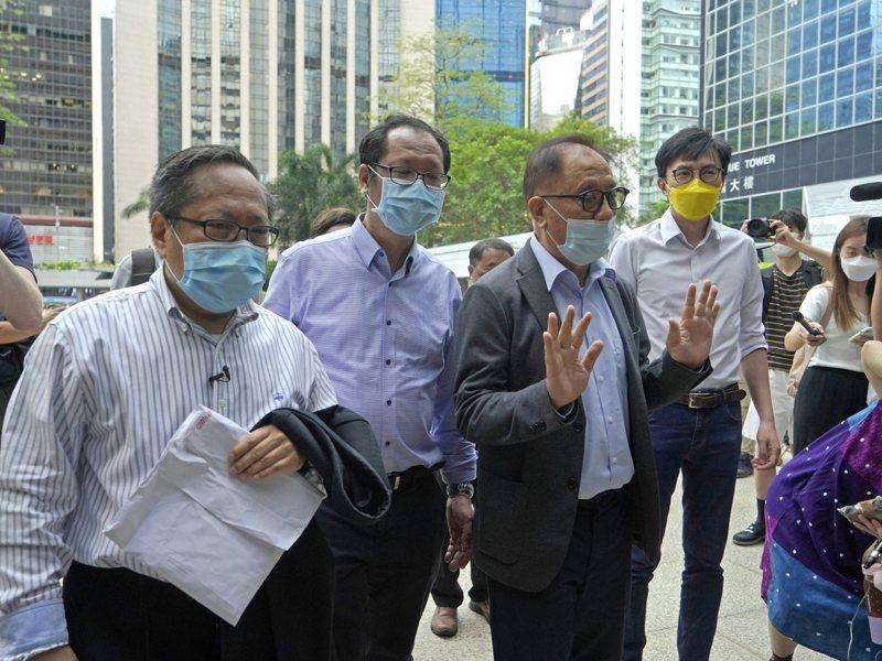 香港反送中10.1非法集結案今審理,黎智英等10人認罪。美聯社