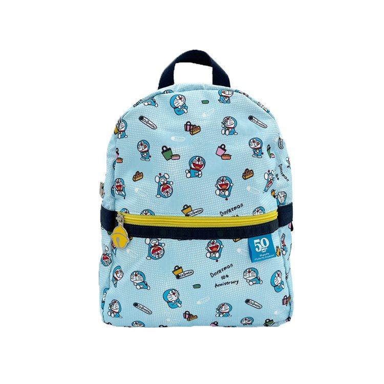 DORAEMON暑假日常小型功能後背包,5,350元。圖/LeSportsac提...