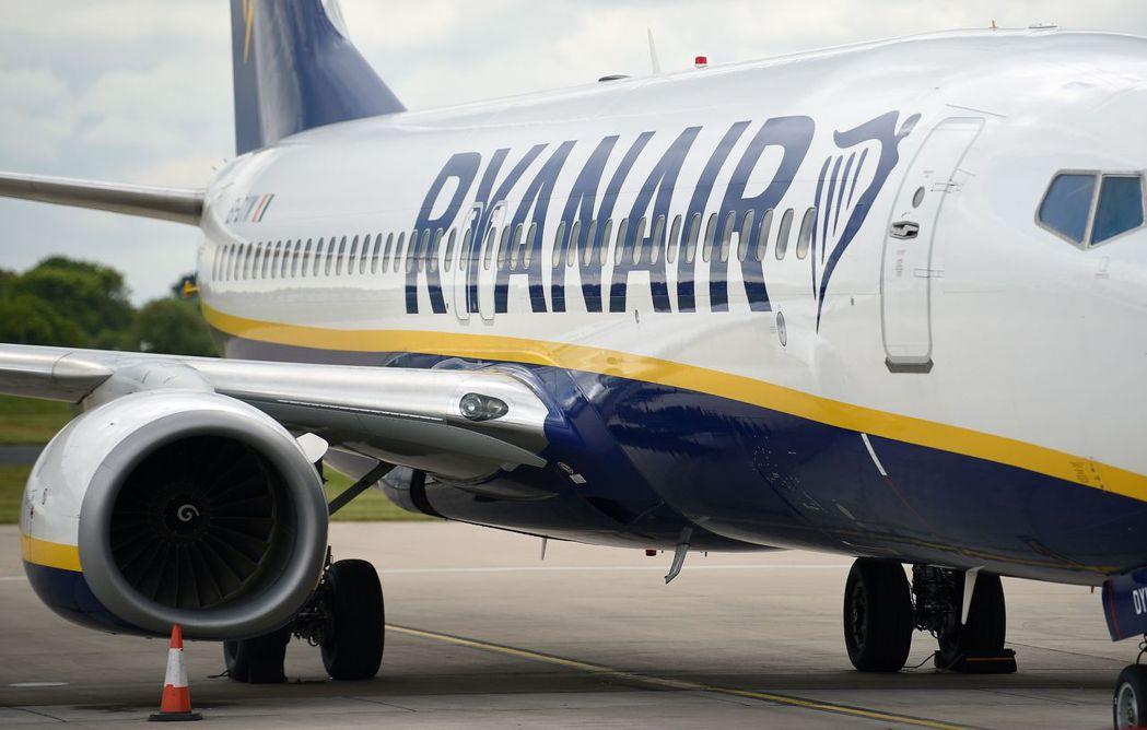 愛爾蘭廉航業者瑞安航空去年度大虧278億,規模創35年來之最。法新社