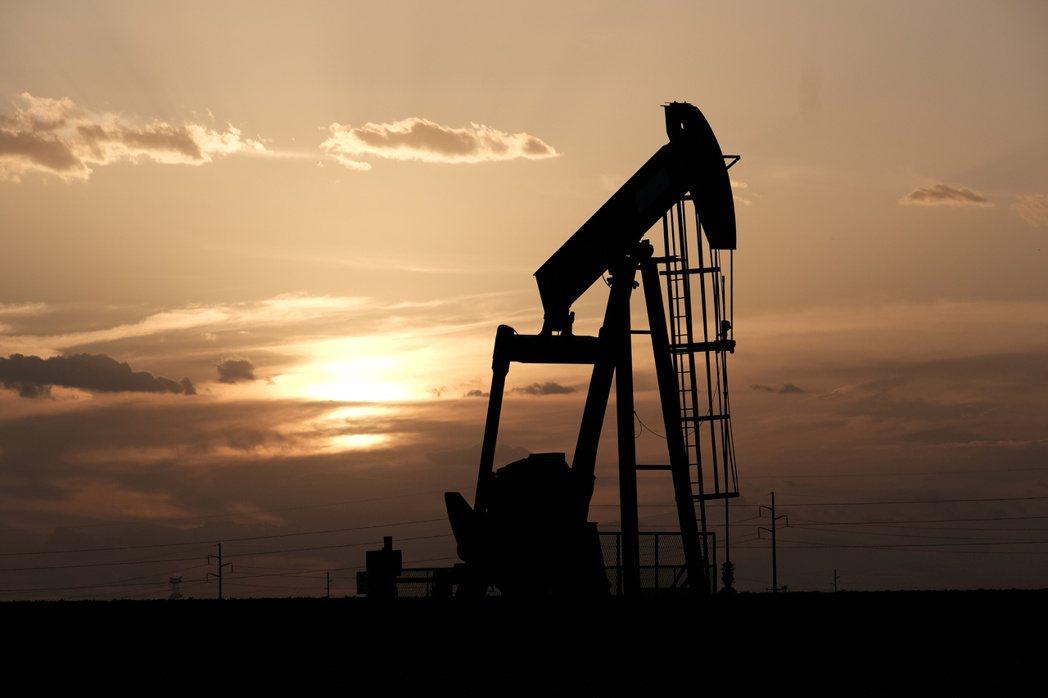 全球復甦有望帶動油價走揚。 (路透)