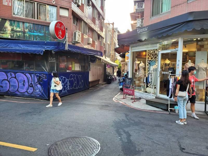 昔日熱鬧一中商圈人潮散去,餐飲業營業額剩1成。記者陳秋雲/攝影