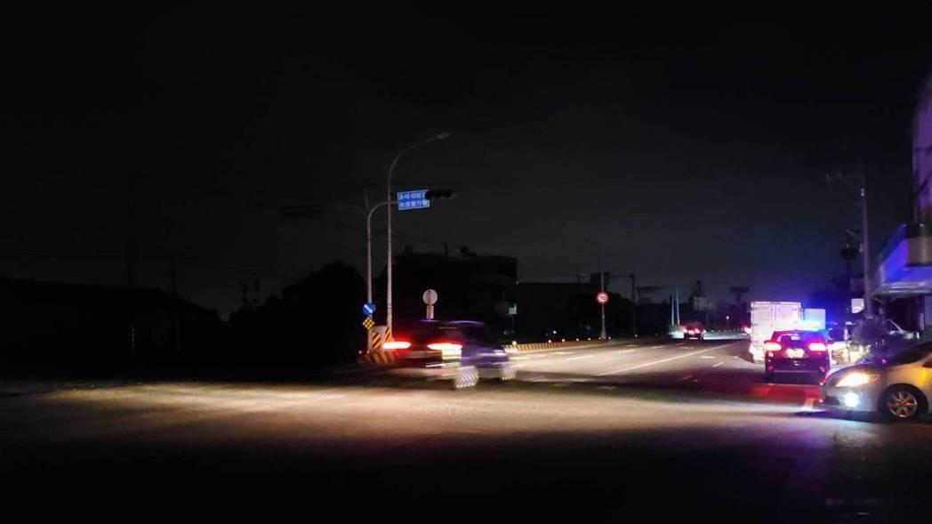台南白河地區停電中。圖/讀者提供