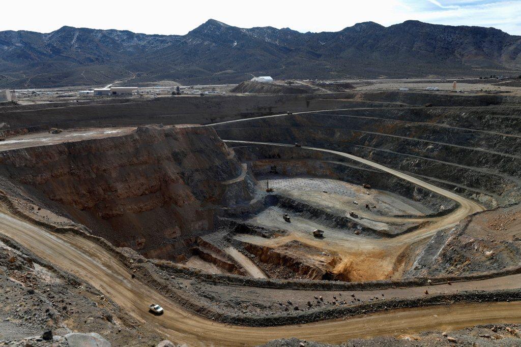 美國帕斯山的稀土礦場。 圖/路透社