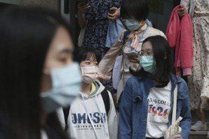 葉明叡/抗疫共同體:為什麼大部分台灣人願意配合戴口罩?