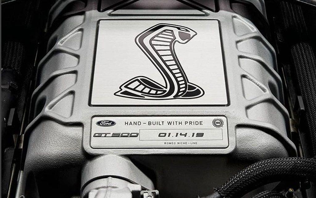 Shelby GT500的V8引擎室是Ford Performance的結晶。 ...