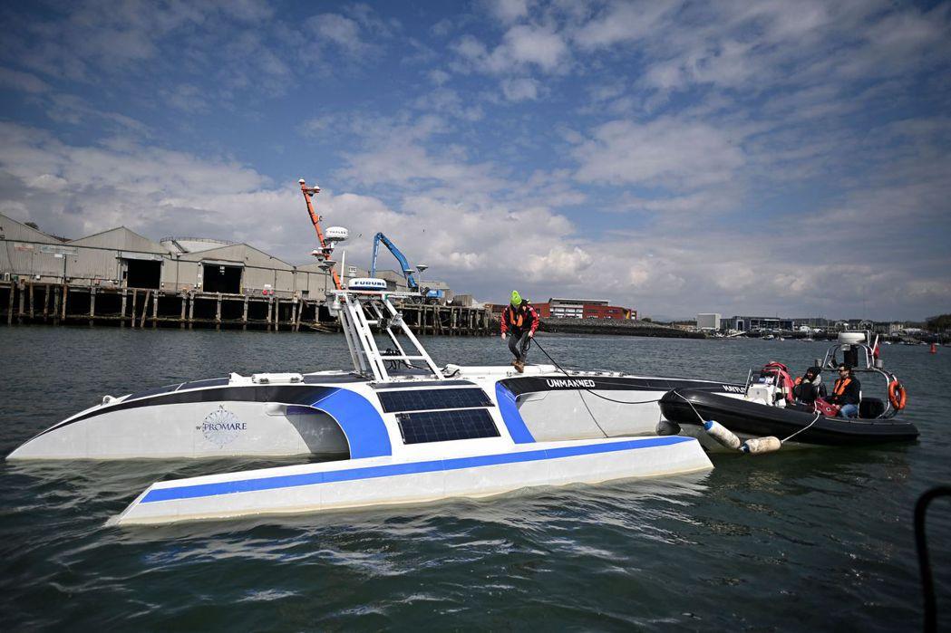 由非營利海洋研究組織ProMare及IBM共同打造的「五月花號自駕船」(Mayf...