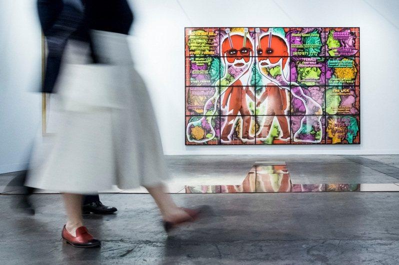 「香港巴塞爾藝術展」今年採線下加線上展覽呈獻。圖/Art Basel提供