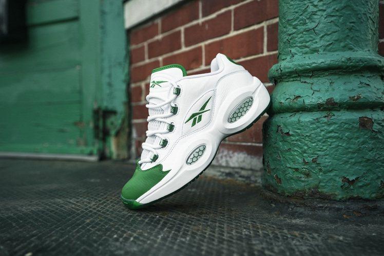 Reebok Question Low籃球鞋4,850元。圖/Reebok提供