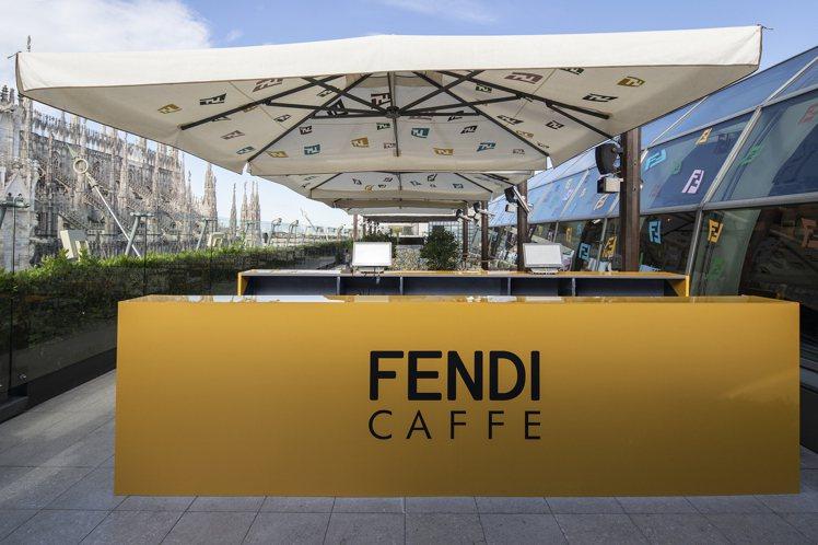 FENDI在義大利Rinascente百貨公司的7樓露台開設全新的FENDI C...